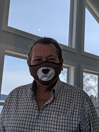 Clarenville, كندا: Lawrence wore his new Bear mask just for our visit to Bare Mountain Coffee