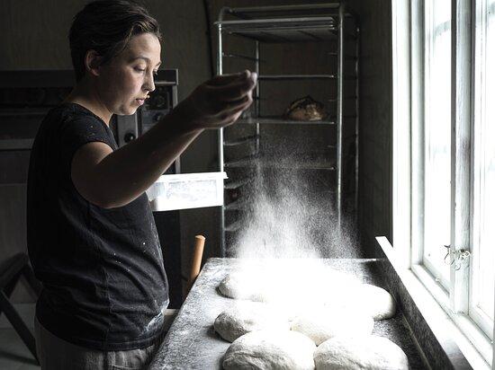 Hällefors, Sverige: Märta in the bakery