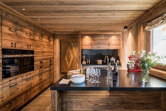 Carline Kitchen