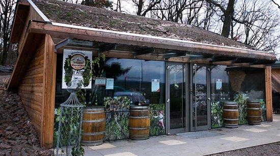 Diera-Zehren, Alemanha: Weinkeller