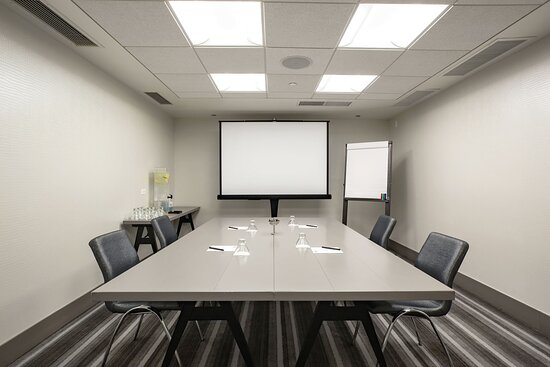 Studio - Boardroom