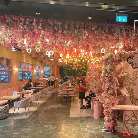 The decoration of the restaurant is astonishing,