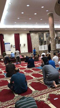 مسجد عبد العزيز زاحم الزاحم