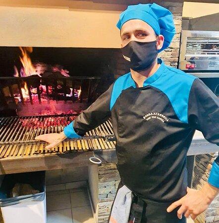 Visiteu les bordes d'Andorra, i en especial la Borda Xixerella i tasteu els plats més típics i tradicionals de la gastronomia Andorrana. Restaurant de cuina Andorrana, Mediterrània, Internacional i Espanyola plats elaborats amb el saber fer de les antigues receptes de la millor cuina de muntanya. T. +376841100