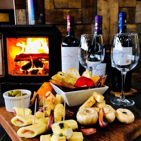 Tabla Cheese & Wine