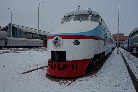 ЭР-200