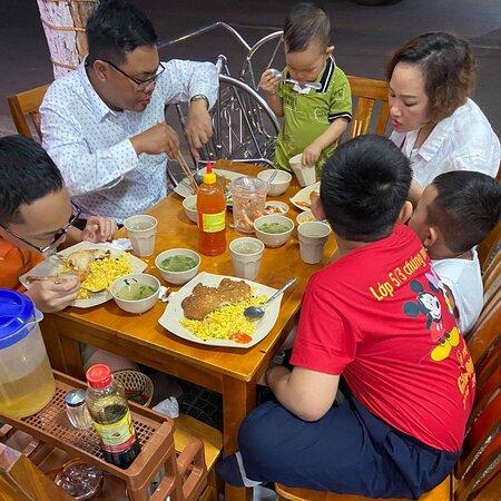 Quán cơm gà ngon ở Quận Hải Châu , Đà Nẵng