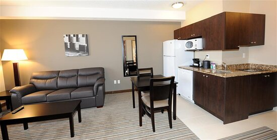 Two Room Suite - Kitchenette