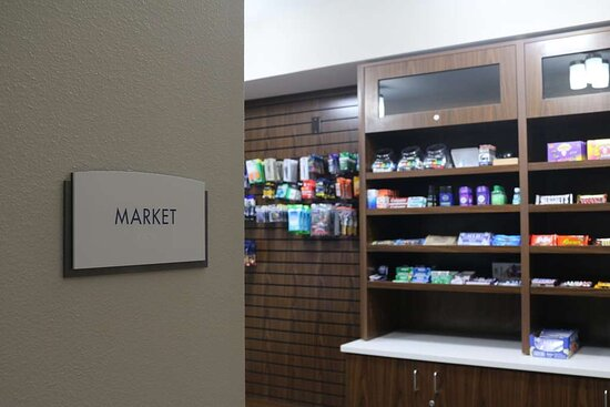 On-Site Market Available 24-hours
