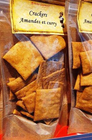 Pour les gourmands de salé!! les crakers Amande/curry, Wasabi, Piment/Tomate, Thym/Fleur de sel....