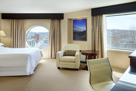 Queen City View Guest Room