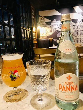 This is one of the best Belgium restaurant you can find in Bangkok. Excellence food taste with many beers/ other liquors. Thank you to our special waitress khun Dookdik, who suggested us to what to order. Everything was delicious. I will be coming here often for sure. Thank you.