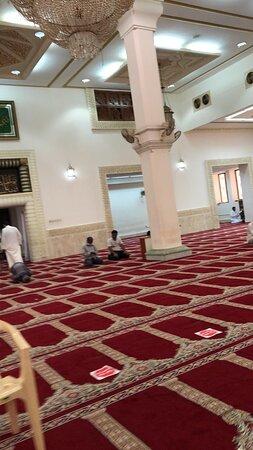 جامع عبد الله عبد اللطيف العثمان