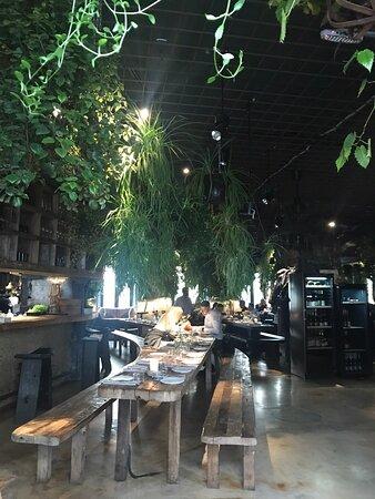 Интересный ресторан