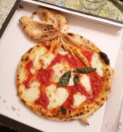 Pizza buona e ingredienti di qualità
