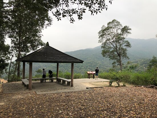 Shing Mun Country Park - pavilion viewpoint on the east side of the reservoir