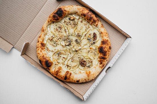Пицца груша&горгонзола