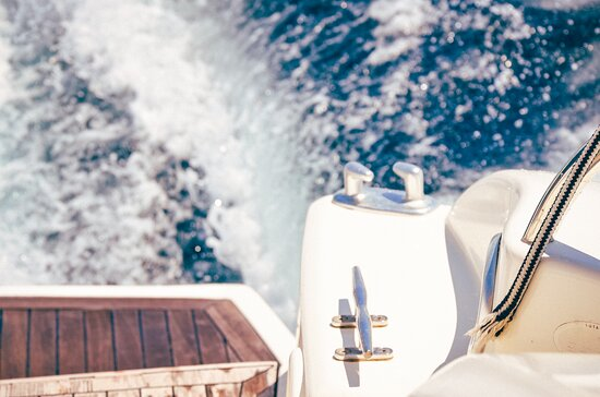 Full Day Motor Yacht in Mallorca from Port Adriano: Pic1