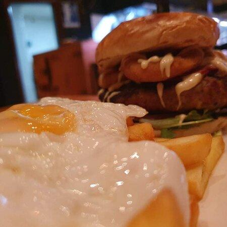 Cheese filled giga burger
