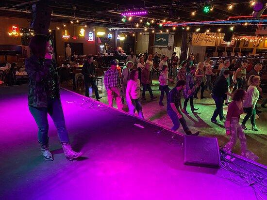 Nashville Line Dance | Dance Funatics