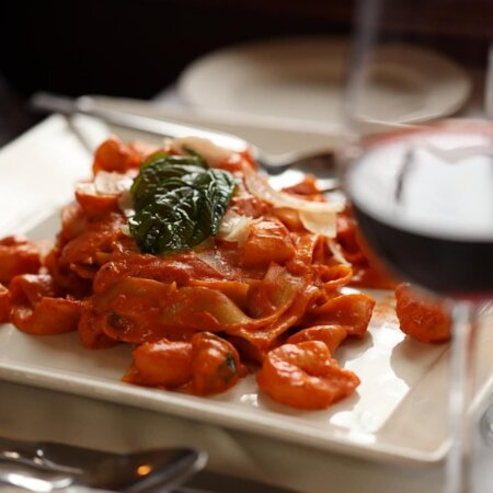 Rocco's Italian Grille is a romantic Italian restaurant located in the beautiful city of Winter Park, Florida just a 10 minute drive from Downtown Orlando. Rocco's proudly presents authentic Italian cuisine prepared by our experienced native chefs.