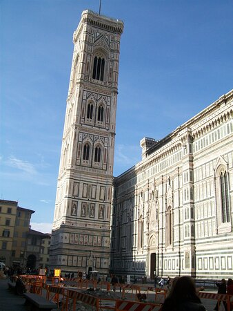 Budget Small-Group Tour of Florence main attractions with local licensed Guide: Giotto's campanile