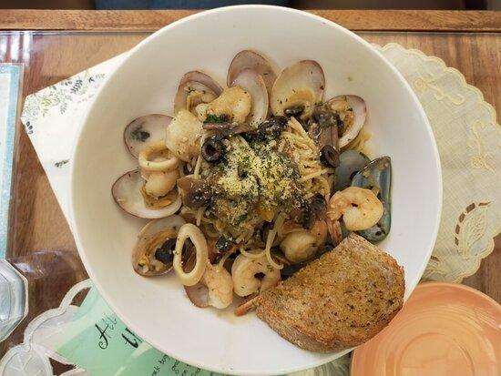 Mary Grace Mushroom Cream Pasta + Seafood Pasta