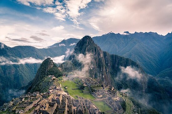 Lima, Cuzco, and Machu Picchu Tour