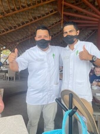 My two favorite waiters, Francisco and Alejandro