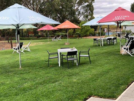 Rowland Flat, Australia: Lunch area