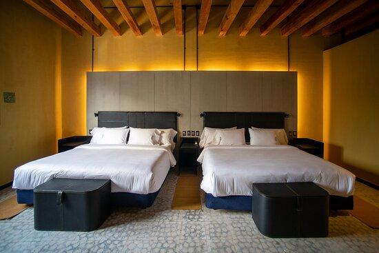 Master Executive 2 beds