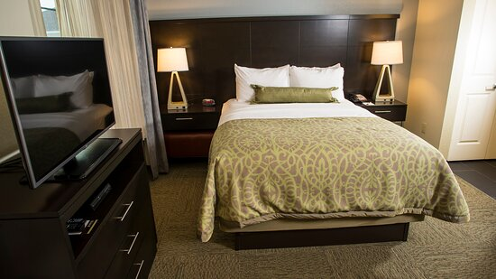 Staybridge Suites Lexington KY Studio Queen Bed