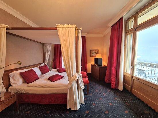 Bedroom Royal Suite