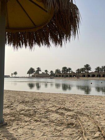 Al Khobar, Suudi Arabistan: منتجع الهوليدي ان شاطئ نصف القمر