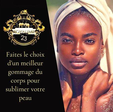 Abidjan, Ivory Coast: ✨VOTRE GOMMAGE DU CORPS ADAPTÉ AU BESOIN DE VOTRE POUR UN TEINT LUMINEUX✨ Nous avons hâte de vous retrouver au sein de notre Spa à sa réouverture pour un gommage du corps en profondeur! Nos soins sauront nourrir votre peau et faire ressortir tout son éclat! Faites le choix des meilleurs gommages naturels ☘️et innovants au ROYAUME 23 👑SPA & COSMETICS  CONTACT: +225 01 01 54 30 57