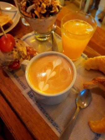 San Lorenzo, الأرجنتين: combo brunch