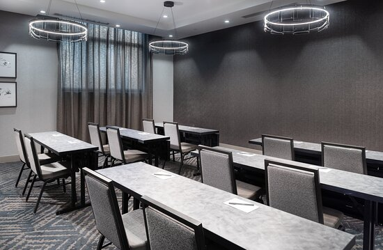 Perfect for meetings and events near Boston and Logan Airport.