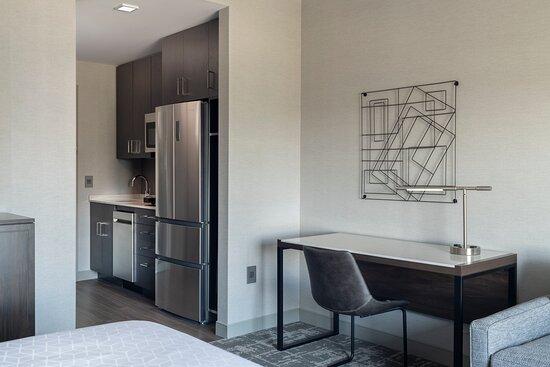 King Suite Kitchen Living
