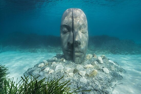 Nautical excursion Cannes Lerins Islands and underwater statues