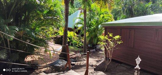 Accès au bungalow Ti Kaze et Coconut
