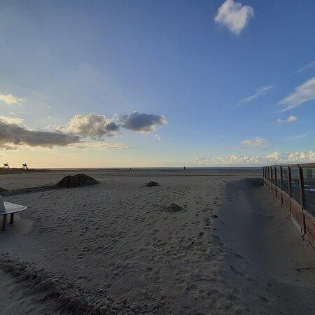Oostduinkerke, Belgium: Strandwandeling
