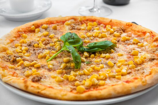 Pizzen aller Art zum empfehlen