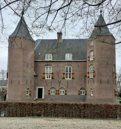 Kasteel Nederhorst (13e Eeuw)