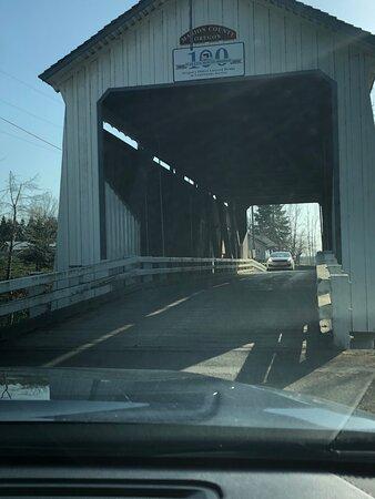 One lane road through the bridge