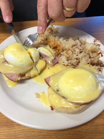 Their Eggs Benedict is superb !