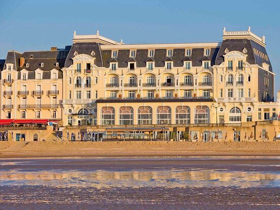 Le Grand Hotel Cabourg - MGallery Collection, hôtels à Cabourg