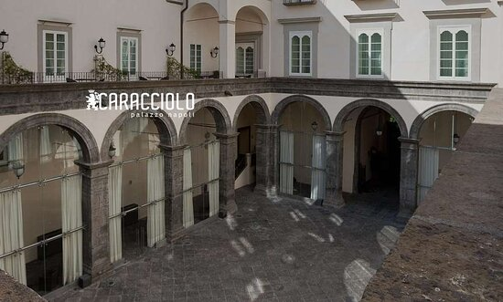 Palazzo Caracciolo Napoli MGallery Hotel Collection, Hotels in Neapel