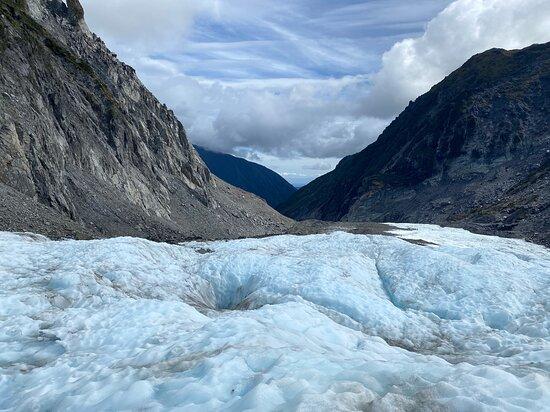 Heli Hike Fox Glacier: Looking down Fox Glacier