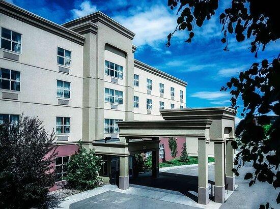 Hampton Inn & Suites by Hilton Edmonton International Airport