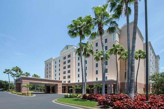 Embassy Suites by Hilton Orlando Airport, hoteles en Orlando